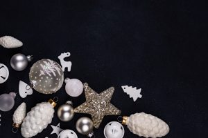 Christmas decorations can be easy to make and easy to put up, if you have proper inspiration!