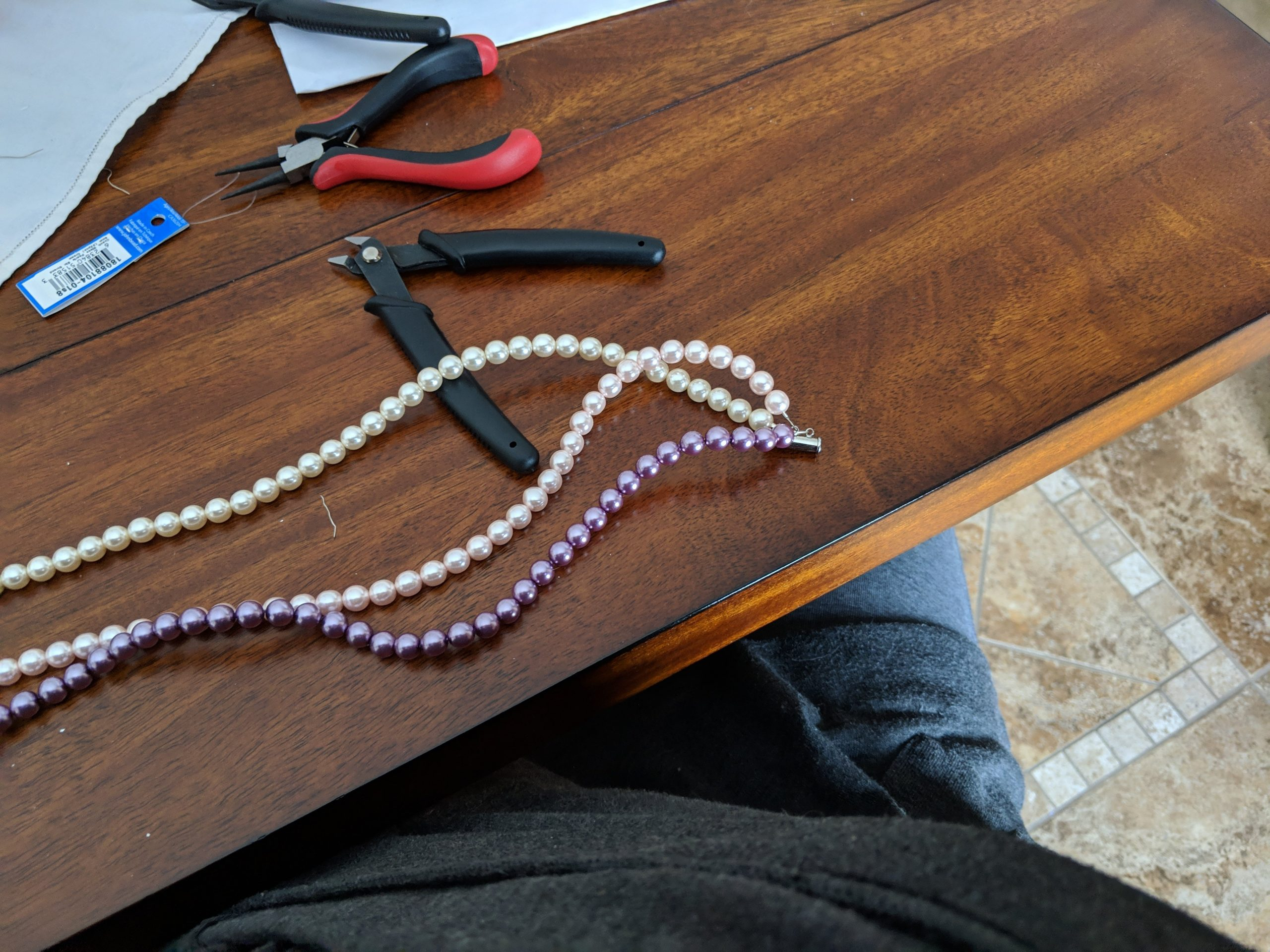How to Make a Gorgeous Three Strand Pearl Necklace