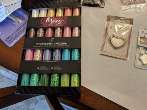 I love my moxy glitter set!