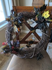 Making a grapevine wreath for Halloween is easy!