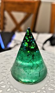 A nice green cone, the splotches were simply drops of alcohol ink, dropped into the resin rather than mixed!