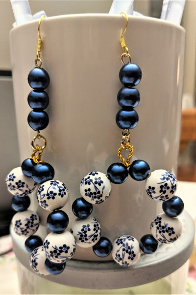 Once everything is connected, your earrings are ready to try out!
