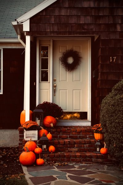 Your fall porch is an ideal place to decorate for fall!