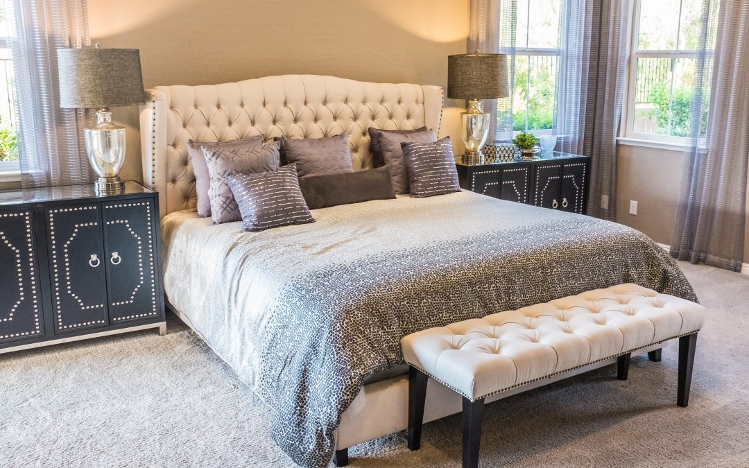 9 Affordable and Stunning Ways To Decorate A Large Bedroom
